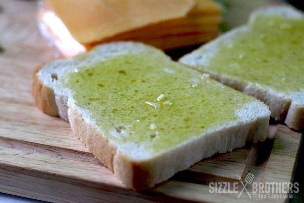 Toast-Knoblauch-Öl