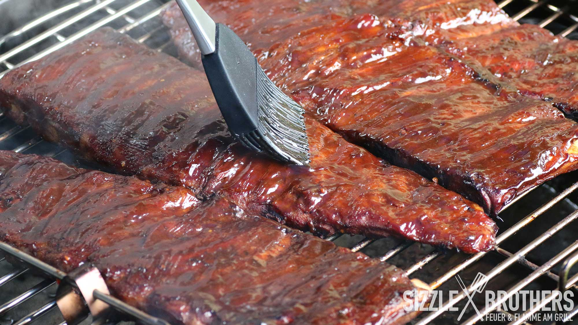 Spare Ribs Vom Gasgrill : Sous vide ribs sous vide und bbq bbq rezept smoker