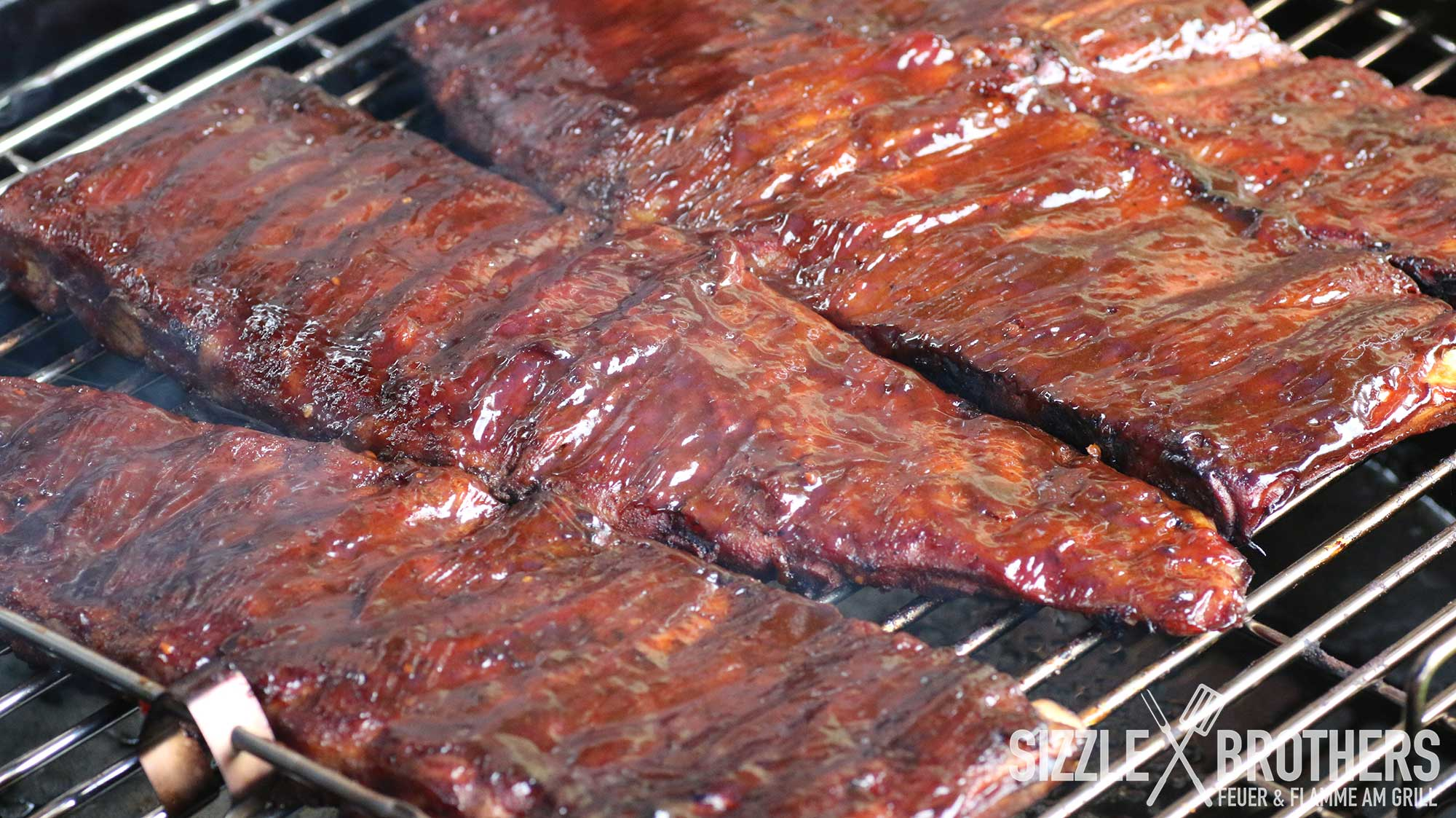 Sizzle Brothers Spareribs Vom Gasgrill : Sous vide ribs sous vide und bbq bbq rezept smoker