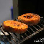 Das Süßkartoffel Dessert ist fertig gebeeft