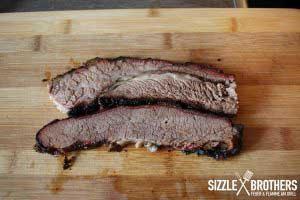 Sieht das Beef Brisket vom Smoker nicht genial aus?