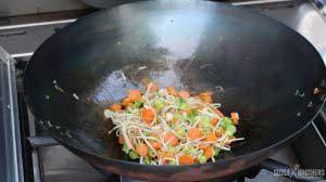 Gemüse wird angewokt