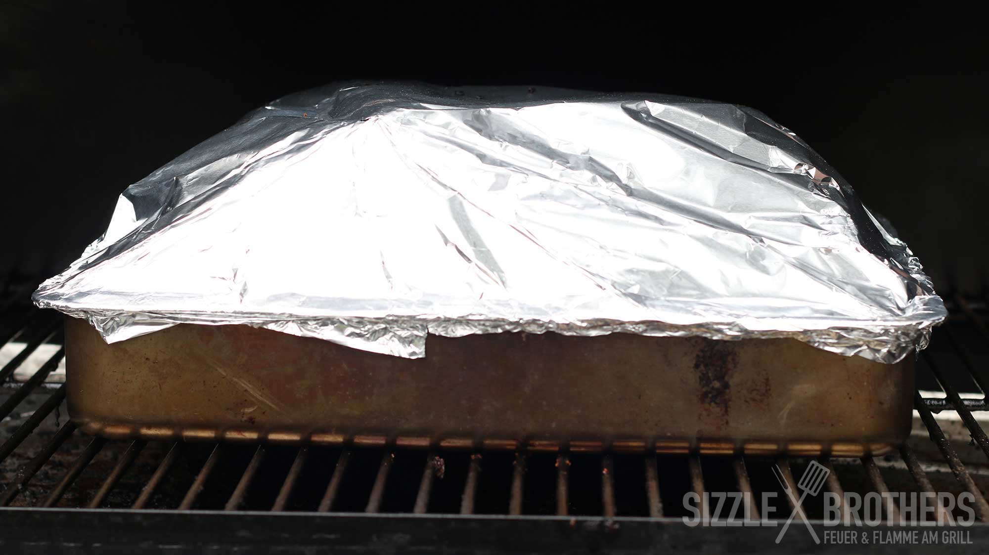 Kalbs Spareribs Gasgrill : Beef ribs vom smoker gesmokte beef ribs knallen