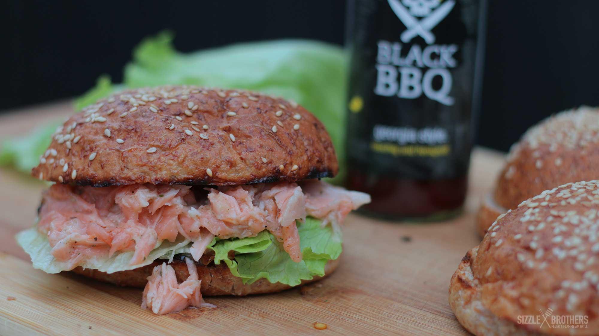 Pulled Pork Gasgrill Sizzle Brothers : Pulled lachs burger garen auf zedernholz mega lecker!