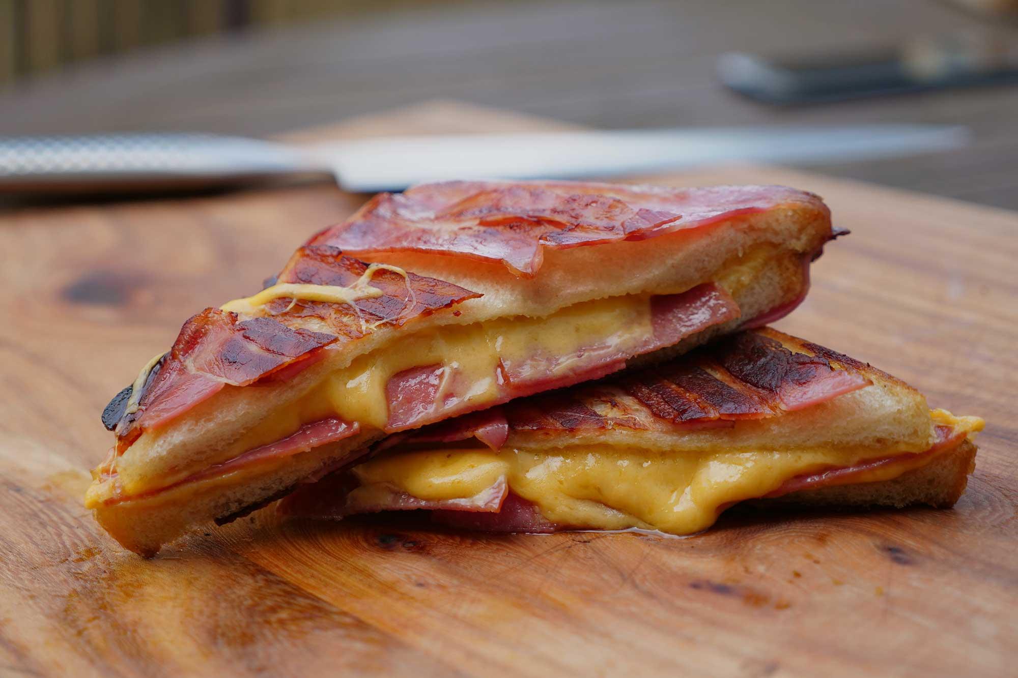 Sandwich vom Grill