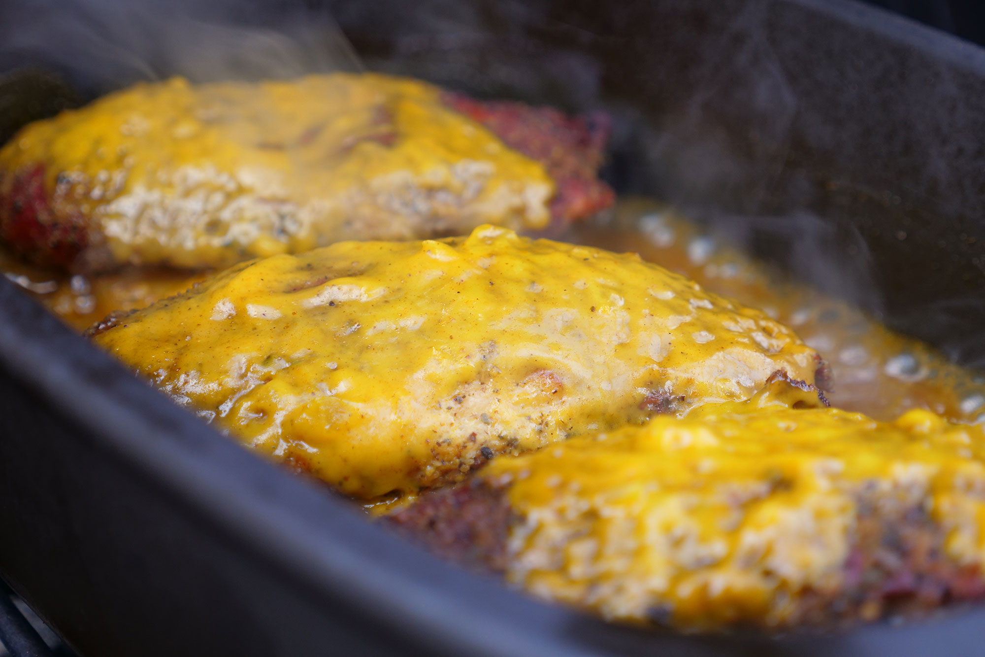 Fertig Pulled Pork Gasgrill : Pulled chicken burger anleitung und rezept weber kugel