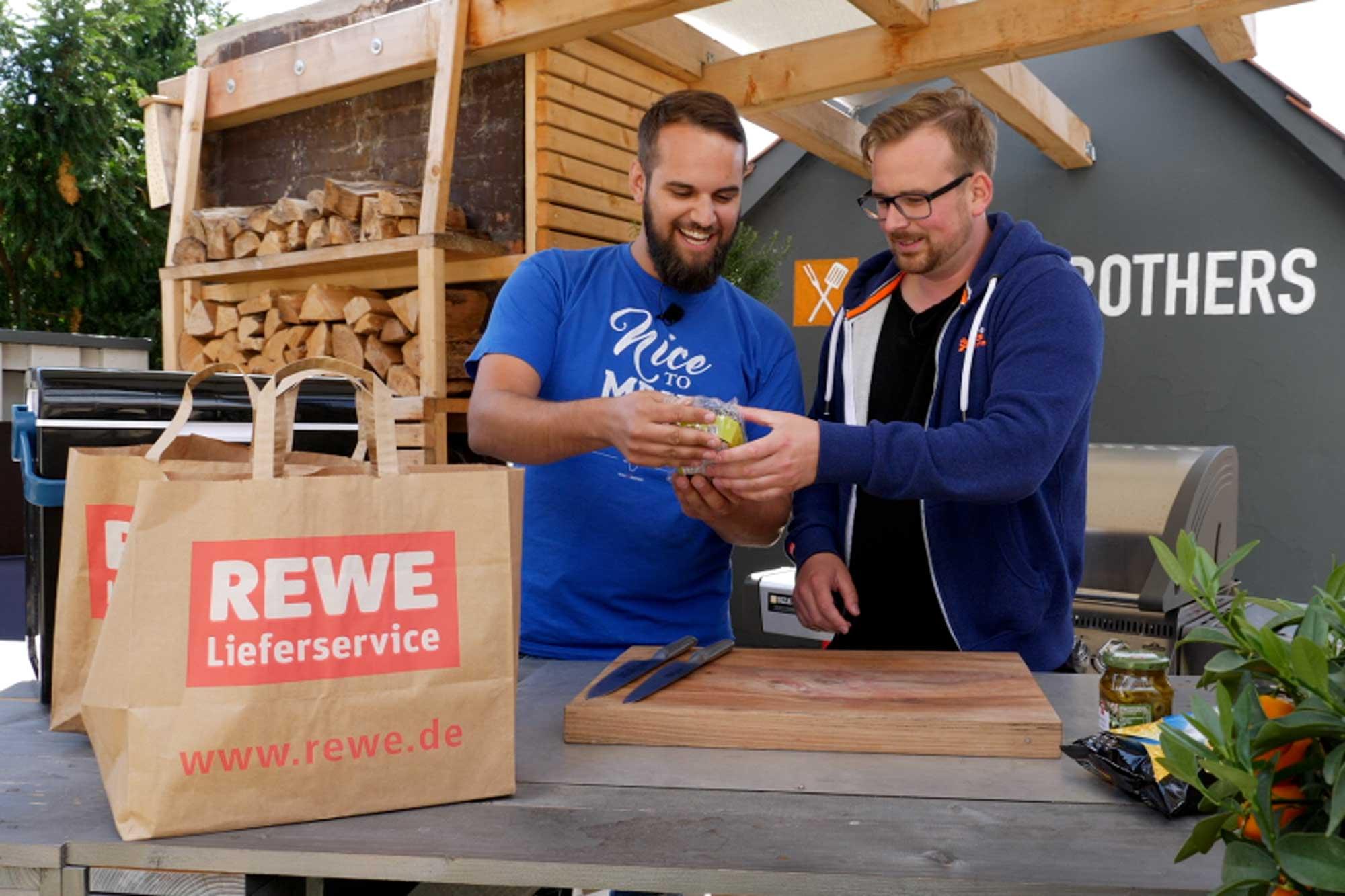 Gut verpackt kommen die Lebensmittel vom REWE Paket- und Lieferservice an