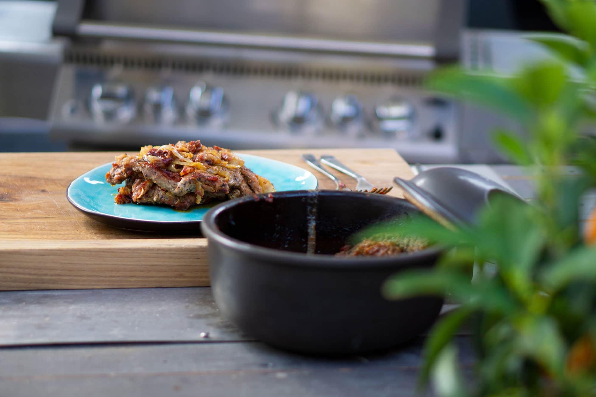 Schichtfleisch vom Gasgrill – Schichtfleischrezept ohne Dutch Oven!
