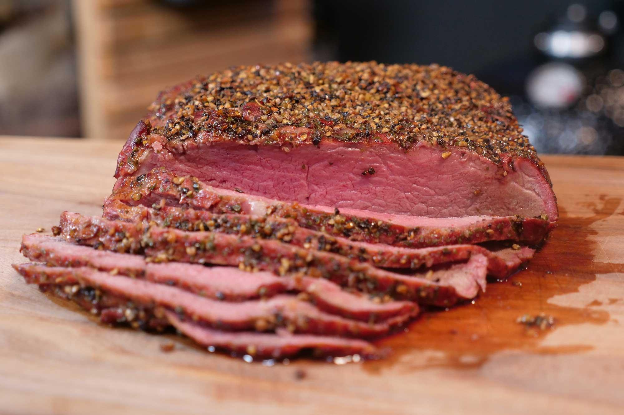 Gegrillter Roastbeef Braten | Super saftig und lecker
