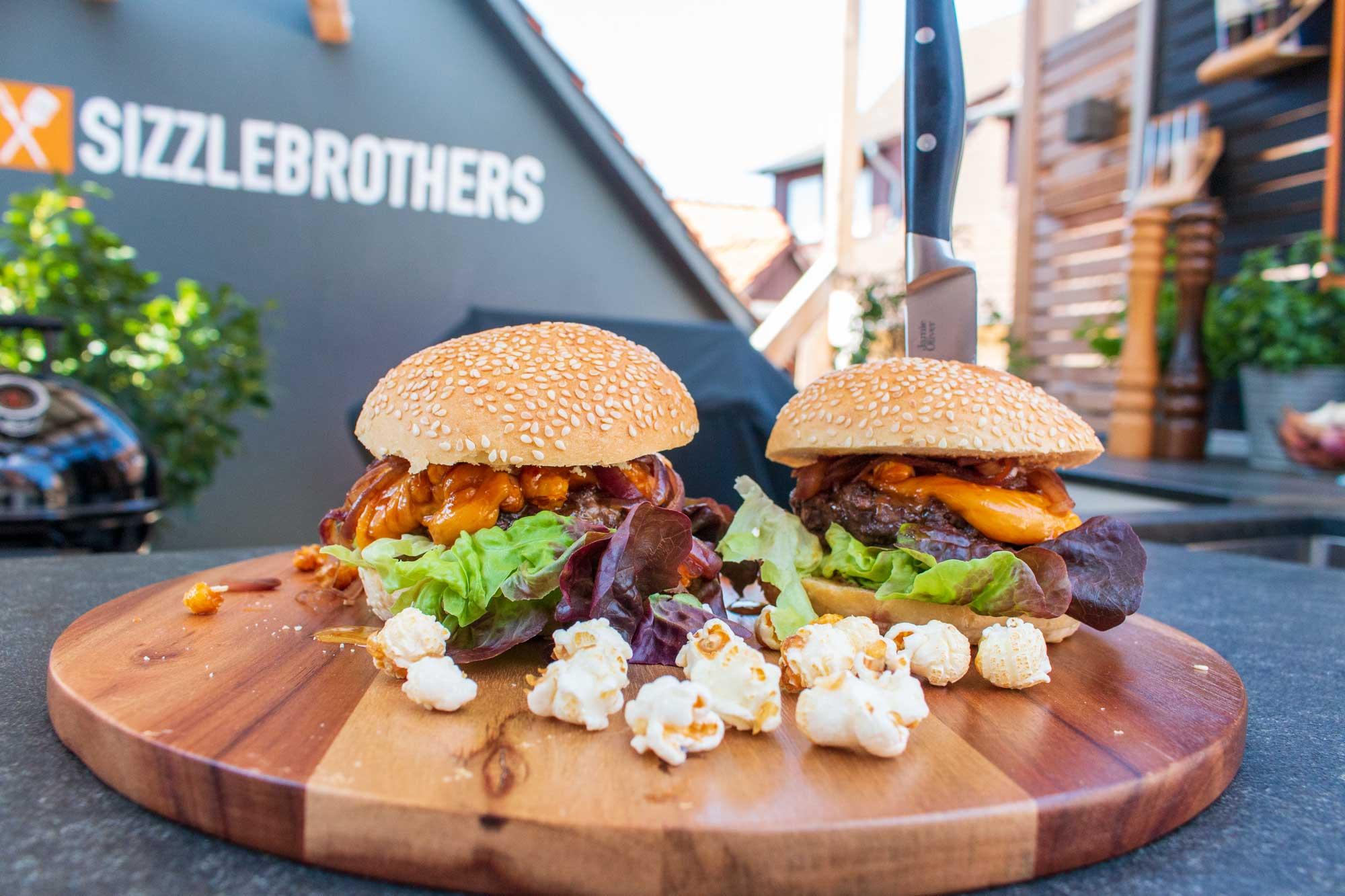 Der Kinoburger – Burger mit Popcorn, Cola und Käse