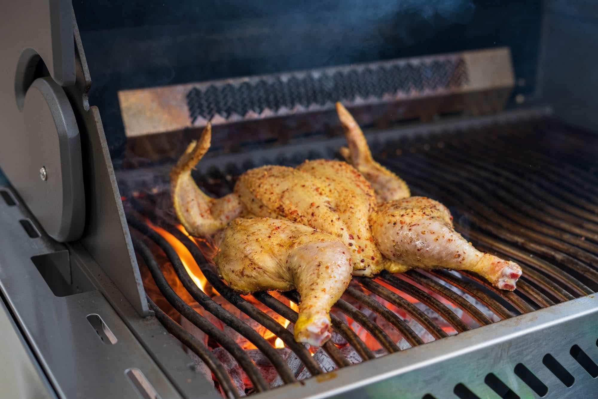 Ganzes Hähnchen grillen in 20 Minuten